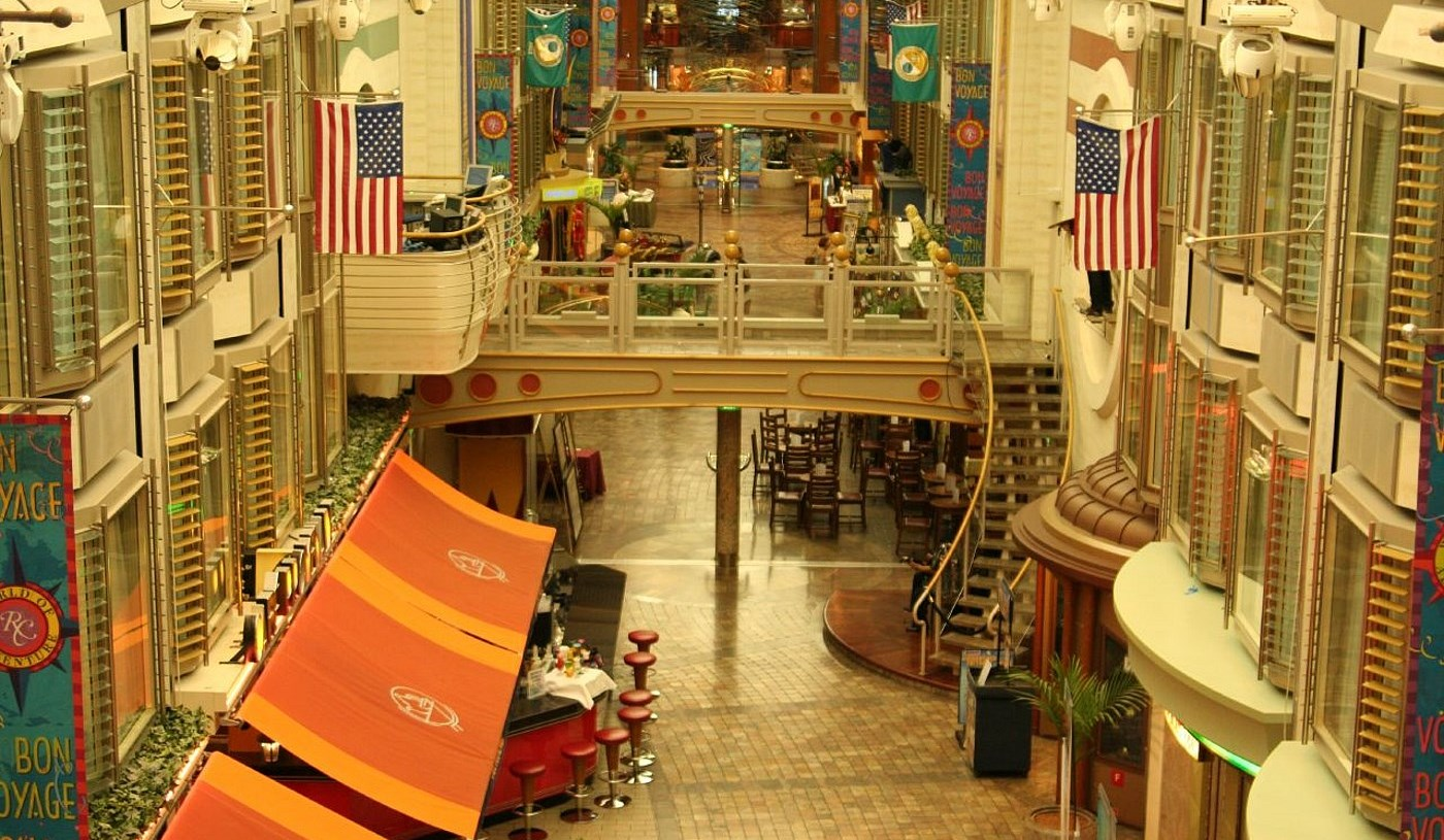 Kreuzfahrtschiffe Die Adventure Of The Seas 2001